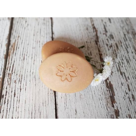 Napvirág Lady szappan, természetes tejsavóval és sárgabarackmag olajjal - 50 g